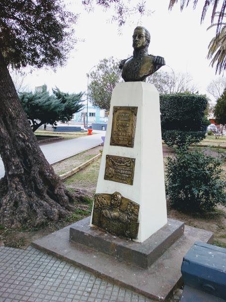 Busto del Gral. San Martin en plaza Gral. San Martin .Ordóñez.Córdoba